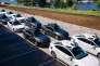 «Le lancement des véhicules sans conducteur par Uber, à Pittsburgh (Pennsylvanie), il y a quelques jours, est l'illustration ultime de l'opposition entre les deux modèles d'économie dite collaborative!». (Photo : des modèles de voitures sans conducteur Uber au centre Uber de technologies avancées, à Pittsburgh (Pennsylvanie).