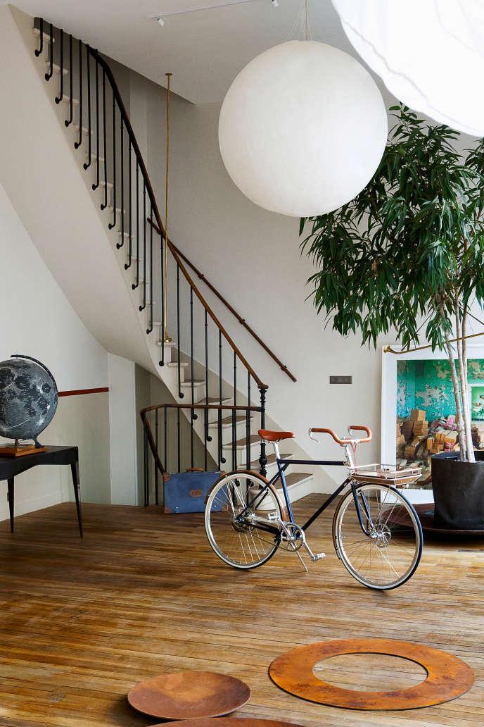 Le très huppé concept store Mayaro a ouvert ses portes lundi 19 septembre dans le 7e arrondissement de Paris.