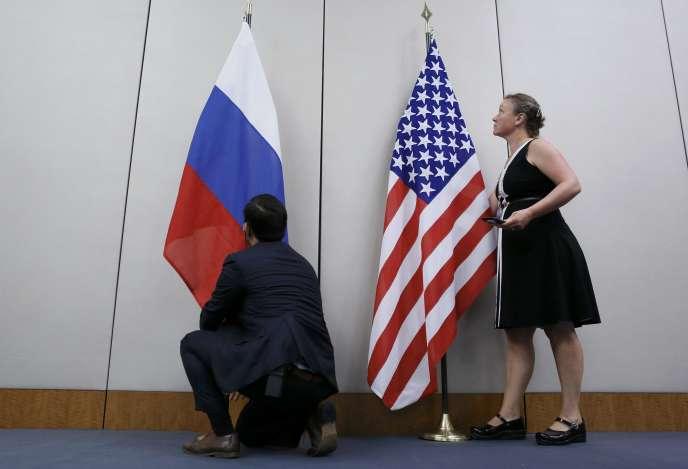 Avant une conférence de presse commune de Sergueï Lavrov et John Kerry, à Genève, le 26 août.