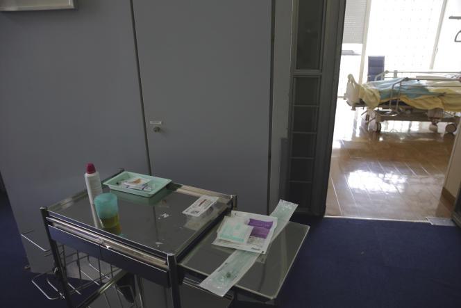 Dans l'unité de soins palliatifs de l'hôpital Paul-Brousse à Villejuif (Val-de-Marne), en mars 2015.