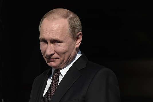 Le président russe, Vladimir Poutine, le 27 mai 2016 à Athènes.