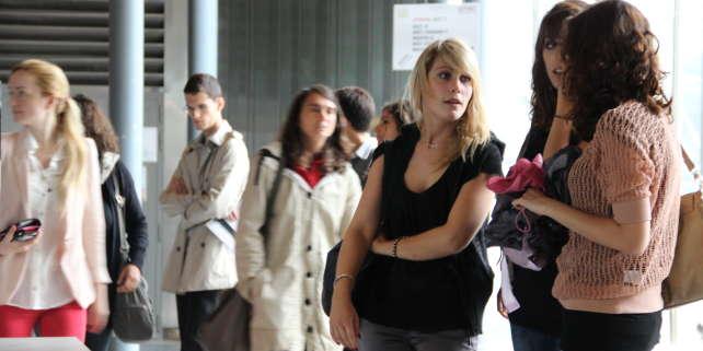 Des étudiants de l'université Pierre-et-Marie-Curie (Paris-VI).