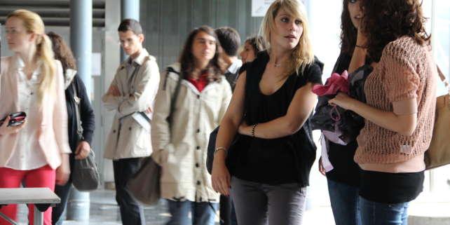 Avec le baby-boom de 2000, le nombre de bacheliers est sur le point d'atteindre des sommets. Les facultés françaises attendent 40 000 nouveaux inscrits. (Campus UPMC à Paris).