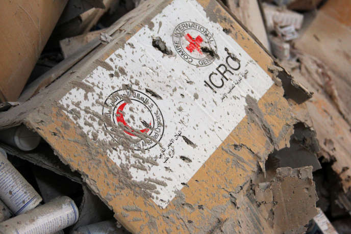 Damaged Red Cross and Red Crescent medical supplies lie inside a warehouse after an airstrike on the rebel held Urm al-Kubra town, western Aleppo city, Syria September 20, 2016. REUTERS/Ammar Abdullah TPX IMAGES OF THE DAY