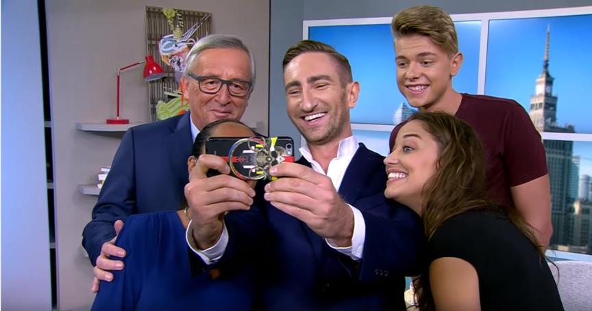 Séance de selfies après l'interview.