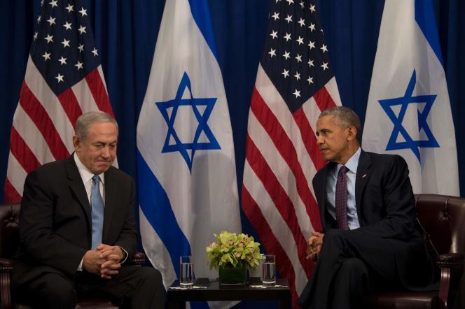 Le premier ministre israélien, Benyamin Nétanyahou, s'entretient avec le président américain, Barack Obama, à New York, le 21 septembre.