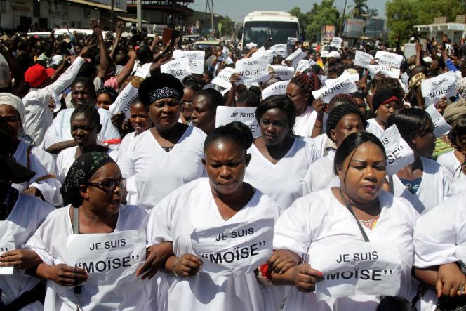 Marche de soutien des partisans du candidat de l'opposition à la présidentielle congolaise en exil, à Lubumbachi, le 13 mai 2016.