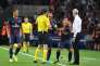 Une image de contestation qui va disparaître des terrains de football ? Comme ici, avec les joueurs parisiens lors du match de Ligue des champions contre Arsenal, le 13 septembre.