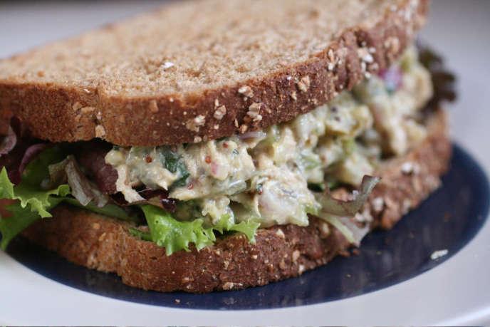 A l'origine du débat, un modeste sandwich au thon.
