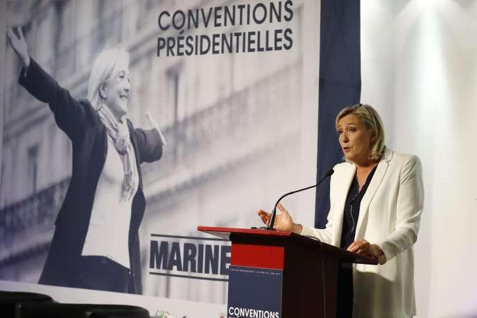 Marine Le Pen lors de sa première« convention présidentielle», consacrée à l'école, le 22 septembre, à Paris.