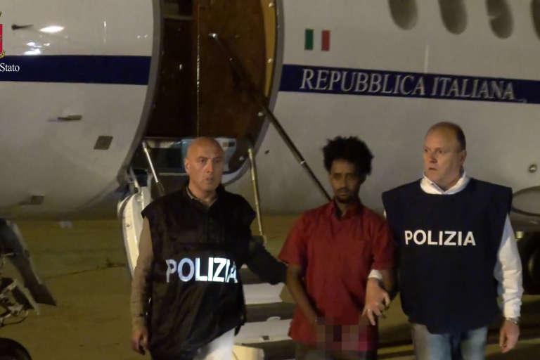 L'arrivée de Medhanie , le 6 juin2016, à Palerme.