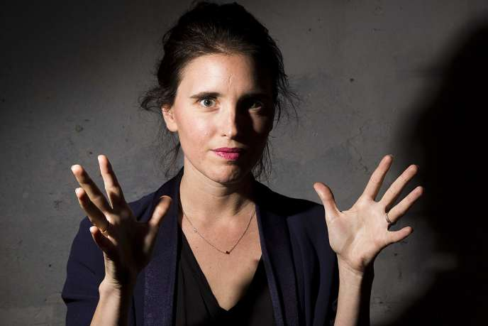 La metteuse en scène Julie Deliquet au Théâtre Gérard-Philipe à Saint-Denis, en septembre 2015.