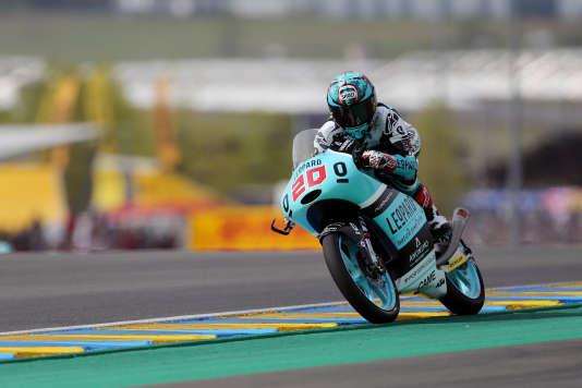 Fabio Quartararo au guidon de sa KTM,concourt en Moto 3 lors du Grand Prix de France, le 8 mai au Mans.