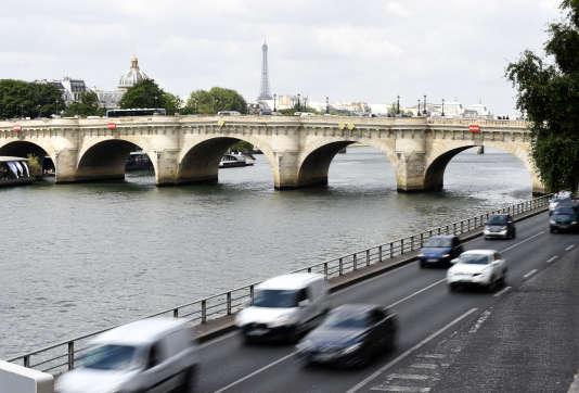 La voie Georges-Pompidou, à Paris, le 19 juin 2015.