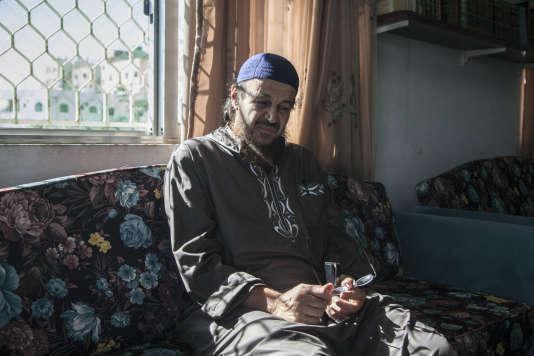 Abou Mohammed Al-Maqdissi,chez lui, à Rousseifeh, dans la banlieue d'Amman, en Jordanie, le 13septembre