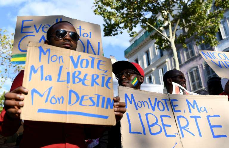 Des associations gabonaises ont manifesté à Marseille, le24 septembre 2016, contre la validation de la réélection d'Ali Bongo.