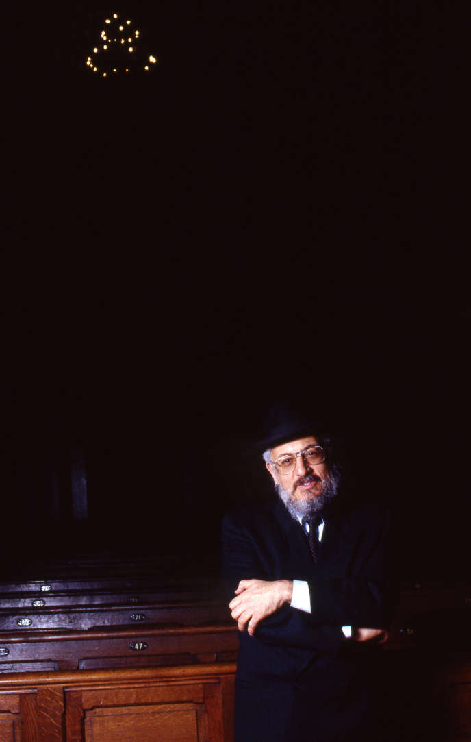 Le grand rabbin de France Joseph Haim Sitruk en 1996.
