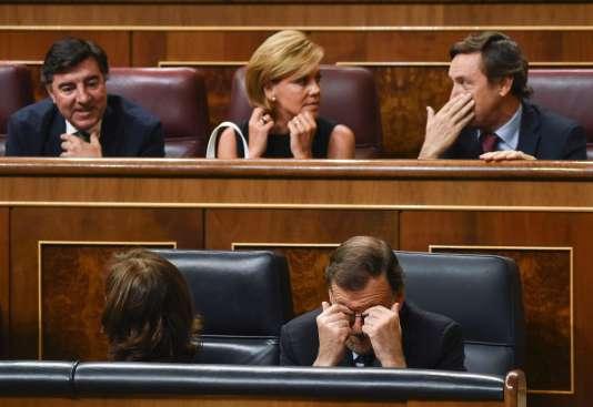 Le premier ministre espagnol par intérim Mariano Rajoy (en bas à droite) au Parlement à Madrid le 2 septembre.