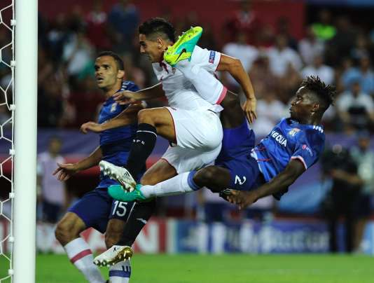 L'Olympique lyonnais s'est incliné à Séville, mardi 27 septembre.