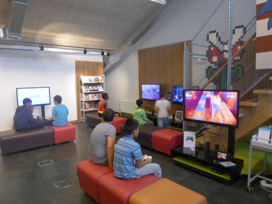 La salle jeux vidéo de la bibliothèque Vaclav-Havel.