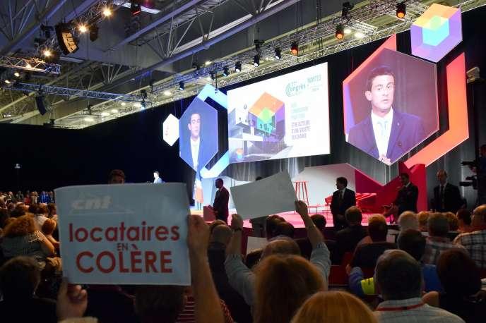 Le premier ministre, Manuel Valls, était au congrès des HLM à Nantes mardi 27septembre.