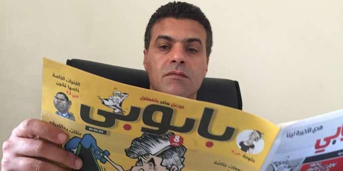 Le Marocain Khalid Gueddar, au siège du journal satirique qu'il dirige, «Baboubi», le 27septembre 2016.