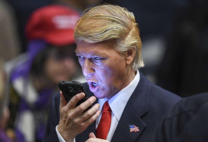 Un imitateur de Donald Trump lors d'un meeting du candidat à Las Vegas, le 14 décembre 2015.