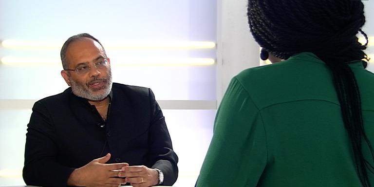 Carlos Lopes, patron démissionnaire de la Commision économique pour l'Afrique des Nations unies sur le plateau du «Monde», à Paris, le 27 septembre 2016.