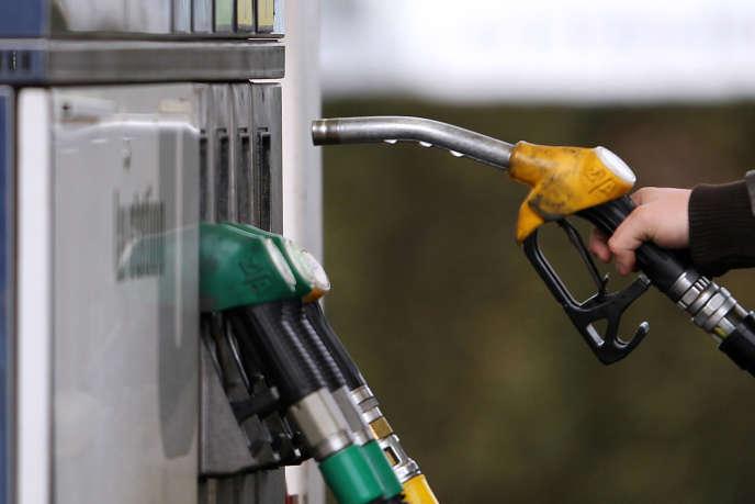 La production devrait baisser jusqu'àun niveau de 32,5 à 33 millions de barils par jour.