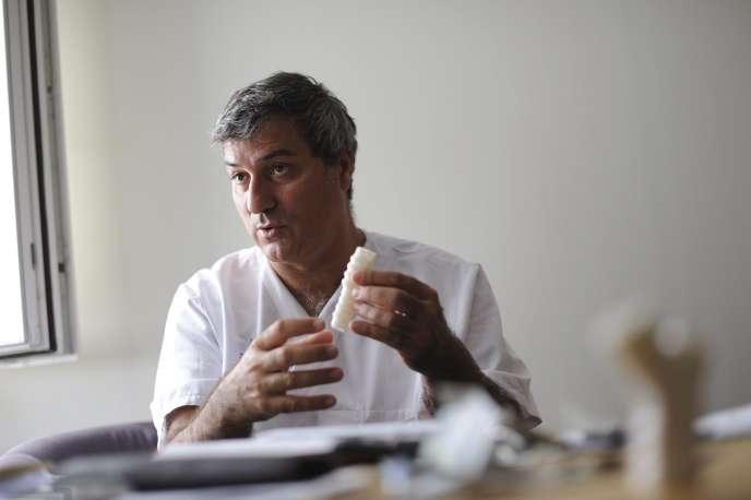 Le chirurgien italien Paolo Macchiarini, à l'Institut Karolinska, à Stockholm (Suède), en 2013.