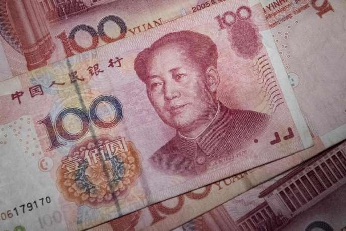 Des billets de 100 yuans à Pékin, le 29 septembre 2016.