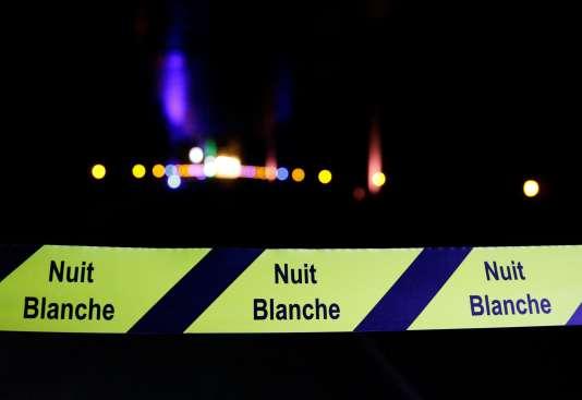 Le jardin des Tuileries lors de la 15e édition de la Nuit blanche à Paris en octobre 2016.