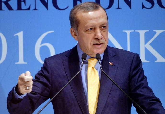 Le président turc, Recep Tayyip Erdogan, lors d'une conférence à Ankara, le 3 octobre.