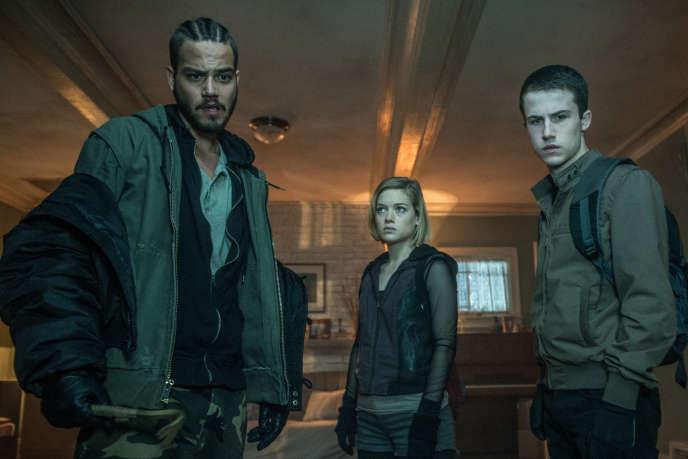 De gauche à droite : Daniel Zovatto, Jane Levy et Dylan Minnette dans le film américain deFede Alvarez,«Don't Breathe. La Maison des ténèbres».