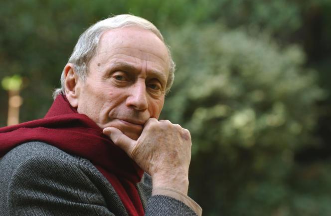 L'anthropologue francaisGeorges Balandier à l'Ecole des Hautes Etudes en Sciences Sociales (EHESS), à Paris, en 2003.