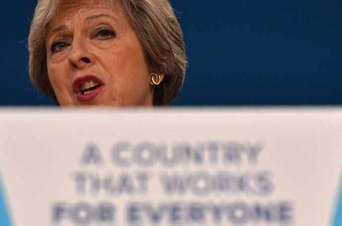 La première ministre britannique Theresa May lors de son discours de clôture du congrès du Parti conservateur, qui s'est achevé mercredi 5 octobre, à Birmingham (Angleterre).