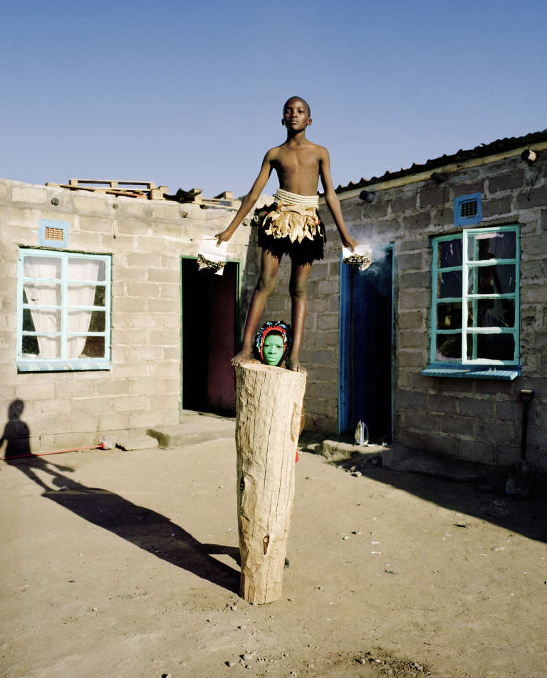 Namsa Leuba,«Passports»,de la série Zulu Kids, 2014.