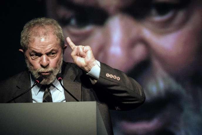 L'ancien président brésilien Luiz Inacio Lula da Silvale 4 octobre 2016 àRio de Janeiro.