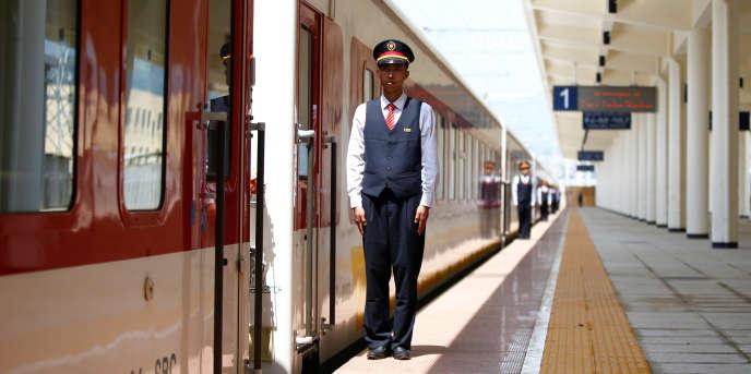En gare de Furi, surla nouvelle ligne ferroviaire Djibouti–Addis-Abeba, inaugurée le 5 octobre 2016.