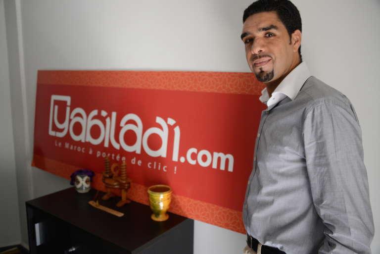 Mohamed Ezzouak, 38 ans, dans les bureaux de Yabiladi, à Casablanca.