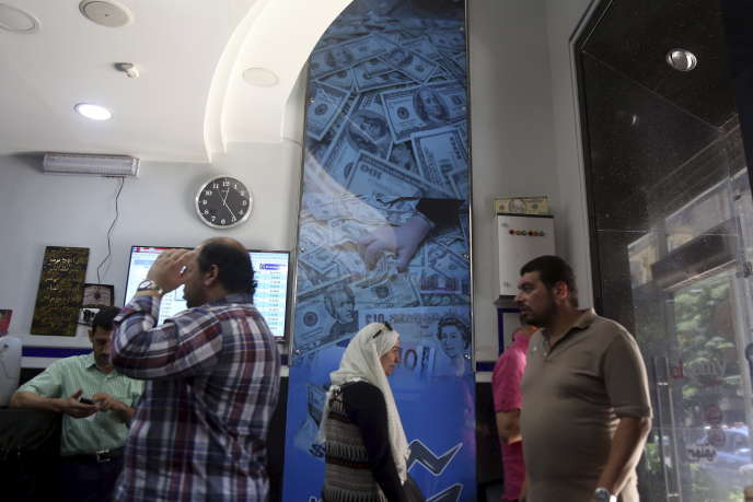 Dans un bureau de change, au Caire, en août.