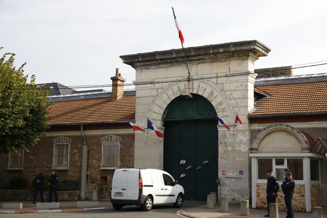 L'entrée de la prison de Fresnes, le 20 septembre 2016.