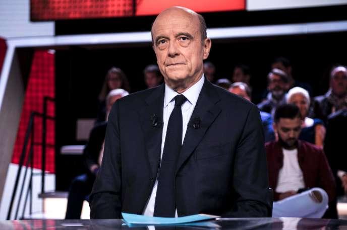 Alain Juppe sur le plateau de« L'Emission politique» sur France 2 le 6 octobre.