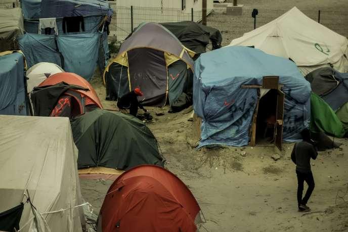 Des tentes dans la «jungle» de Calais, le 7 octobre.