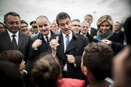 Manuel Valls, le 7 octobre, au Bourget (Seine-Saint-Denis).