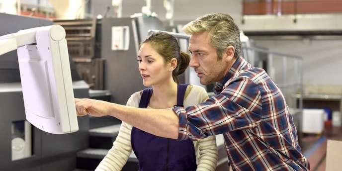 Le programme Erasmus professionnel encourage la mobilité des apprentis en Europe.