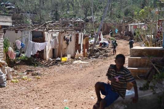 Maisons détruites après l'ouragan Matthew dans le village de Casanette, le 8 octobre.