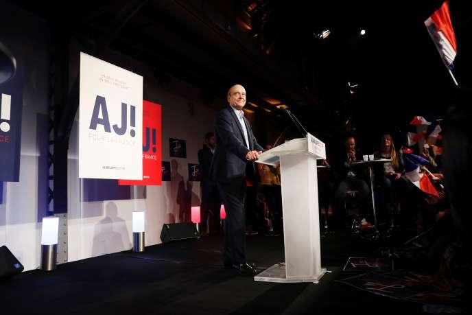 Alain Juppé durant un meeting à Malakoff, le 8 octobre.