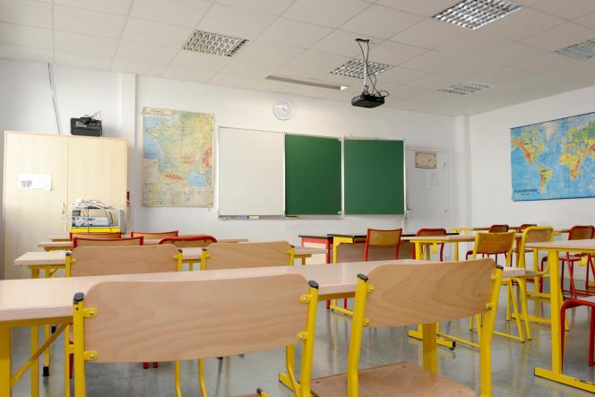 Une classe de l'école Robespierre, à Epinay-sur-Seine (Seine-Saint-Denis), en 2015.