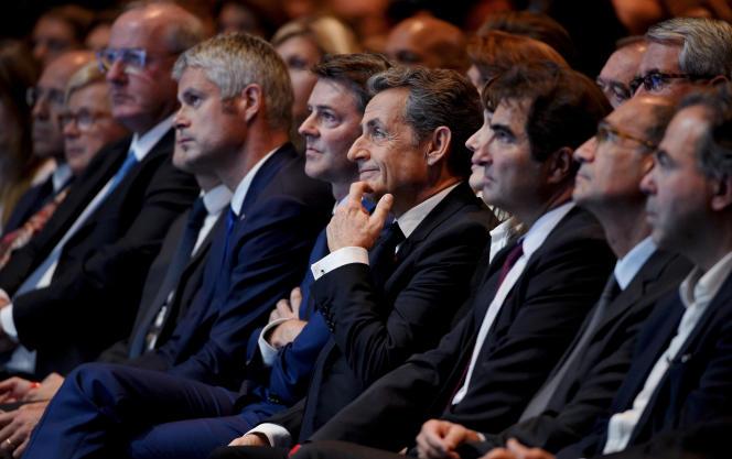 Metting de Nicolas Sarkozy au Zénith de Paris le 9 octobre. Laurent Wauquiez, François Baroin, Nicolas Sarkozy, Christian Jacob.